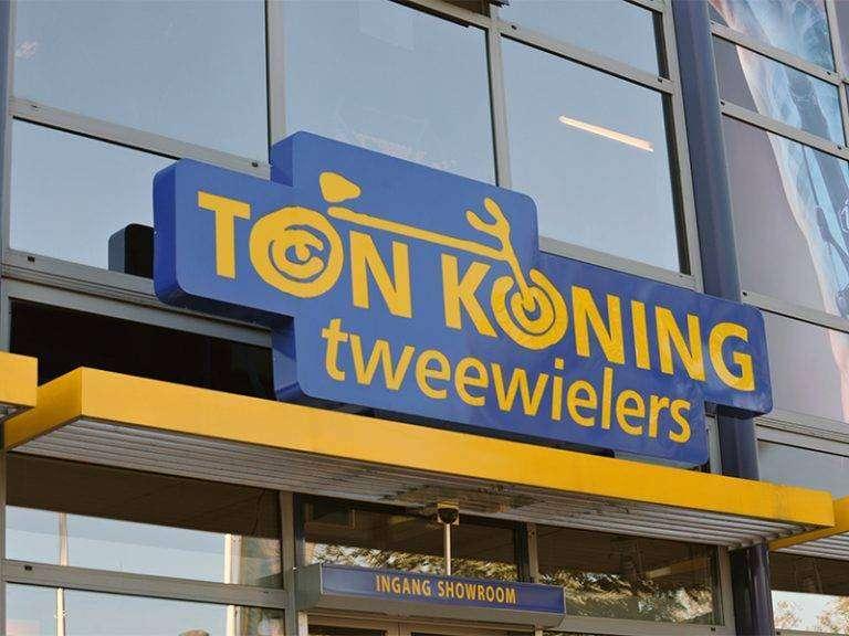 GG Sign gevelbelettering Ton Koning